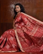 Sambalpuri Saree, Silk Sarees, Saris, Indian Fashion, Womens Fashion, Indian Attire, Traditional Dresses, Beautiful Outfits, Ethnic