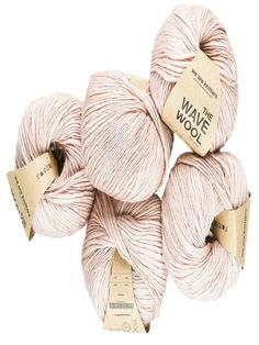 colores de lanas para tejer Crochet Ideas, Lana, Place Cards, Place Card Holders, Weaving, Tejidos, Colors