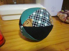 Soft ball tutorial http://stitchesandloveblog.blogspot.com.au/2011/07/free-fabric-balls-tutorial.html