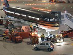 Eine Maschine der Royal Jordanian wird am Knuffingen Airport abgefertigt. // Service time