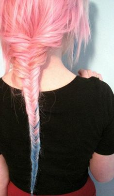 I absolute love fishtail braids, and the color of her hair just makes it that much better