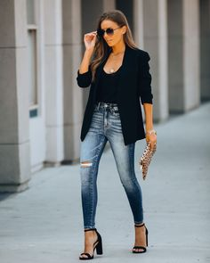 Dressy Casual Outfits, Date Outfit Casual, Classy Casual, Business Casual Outfits, Classy Outfits, Stylish Outfits, Casual Friday Work Outfits, Semi Casual Outfit Women, Hot Mom Outfits