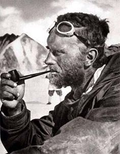 Eric Shipton (1907-1977) writes about his yeti tracks in the American Weekly.