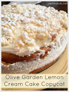 Olive Garden Lemon Cream Cake Copycat - - Today we are continuing to catch up with our Easter recipes. We tried out a copycat recipe for the Olive Garden Lemon Cream Cake. The verdict was it…. Lemon Curd Dessert, Lemon Desserts, Lemon Recipes, Just Desserts, Sweet Recipes, Cake Recipes, Dessert Recipes, Lemon Cakes, Fondue Recipes