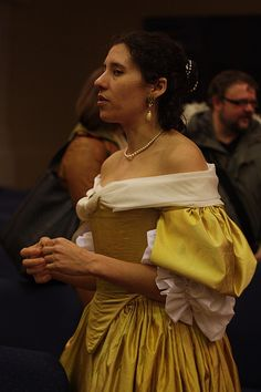 Dreamstress, reproduction 17th century dress.