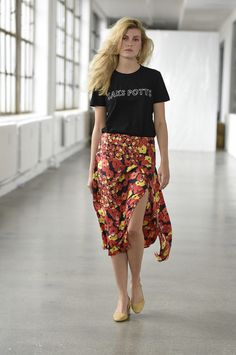 Saks Potts Copenhagen Spring 2017 Fashion Show - love this combo of yellow shoes, flowy floral skirt, and black tee
