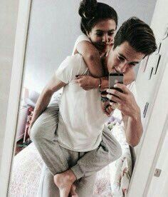 relationship goals | boyfriend | girlfriend | sweet couple | kissing | hugging | cuddling | missing | surprising | dating | hold hand | butterflies | madly in love | travelling | happy | lovey dovey | crazy in love
