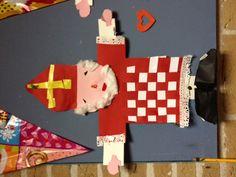 Sinterklaas vlechten Diy For Kids, Crafts For Kids, Activities For Boys, Winter Kids, The Hobbit, Kindergarten, Projects To Try, Fun Activities, Hilarious