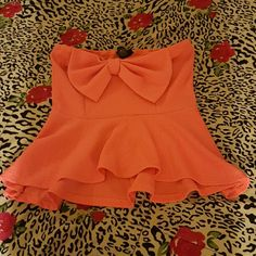 Perfect strapless bow bandeau top Coral super cute strapless top Tops Blouses