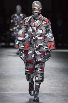 @MonclerGammeBleu #Fall16 #Menswear #Milan #runway #fashion #cape