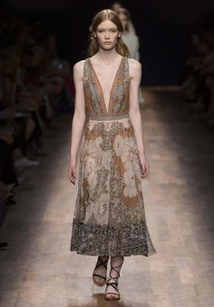 Valentino | Ready To Wear Spring/Summer 2015 | Look 65