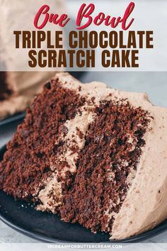 This triple chocolate cake is so delicious, it's easy and is made in one bowl. This scratch chocolate cake recipe mixes together in just minutes and comes out super moist. No cake mix for this one, it Brownie Desserts, Oreo Dessert, Mini Desserts, Chocolate Desserts, Delicious Desserts, Cake Chocolate, Chocolate Cake From Scratch, Homemade Cake Recipes, Best Cake Recipes