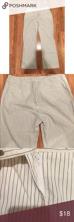 """The Limited stretch stripe pants sue 10 Gently used The limited Stretch stripe pants, / pockets in front and 2 small pockets in the back, in great condition, only worn few times, really nice for spring/ summer size 10, stripe is in this year, great to dress up for work or a night out, light weight, white with black stripes, washed and ready to be shipped out  Waist is 15.5"""" 39"""" long Inseam 29""""  Pet/smoke free home  ***Fast shipping*** The Limited Stretch Pants Straight Leg"""