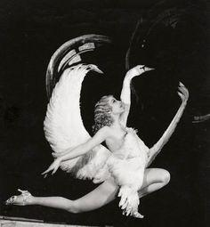 Sally Rand, la più scandalosa diva del burlesque anni 30