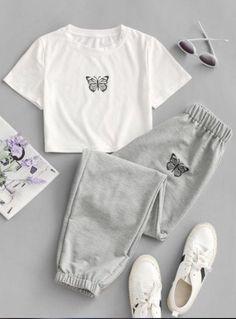 Really Cute Outfits, Cute Lazy Outfits, Outfits For Teens, Pretty Outfits, Stylish Outfits, Kpop Fashion Outfits, Girls Fashion Clothes, Cute Sleepwear, Cooler Look