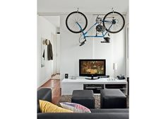 bike living room storage design Top 25 Bike Storage Solutions Into Your Home Small Apartment Hacks, Small Apartment Living, Small Apartments, Small Living, Small Spaces, Small Rooms, Modern Living, Living Rooms, Studio Loft