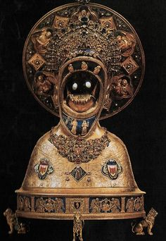 """Jaw of Saint Anthony displayed in the Basilica of Saint Anthony of Padua; His """"incorrupt tongue"""" is also encased alongside it (article in comments) Catholic Relics, Saint Anthony Of Padua, Hi Fructose, Religion, Vanitas, Weird Art, Sacred Art, Sacred Symbols, Memento Mori"""