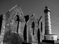 pointe saint mathieu old lighthouse