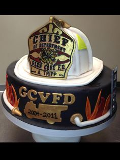 Ddpiesslice Fire Chief S Helmet Cake There Are 4 Parts So