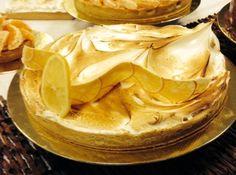 Torta de limão http://cybercook.com.br/receita-de-torta-de-limao-um-classico-que-nunca-sai-de-moda-r-7-115547.html