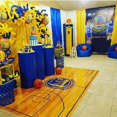When u meet great ppl. You create magical moments. This kind of stuff don't just happen. We worked hard to get here. Basketball Party Favors, Basketball Birthday Parties, 13th Birthday Parties, 12th Birthday, Birthday Party Themes, Basketball Room, Stephen Curry Birthday, Skate Party, Backdrops For Parties