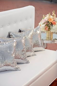 For the sale of 1 silver sequin pillow cover. cover -gold sequins -zipper close at bottom -grey fabric on back NOT sequins -Amazing quality, sparkle sooooo much! My New Room, My Room, Sparkly Pillows, Silver Pillows, Sequin Pillow, Woman Cave, Deco Design, Bed Pillows, Cushions