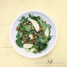 Baby Spinach Mulberry Salad with Maple Vinaigrette- @juliemorrisyum