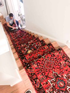 How to install a stair runner? Look no further! I will share how we installed out extra long runner rug on stairs in this post. Read on! Staircase Carpet Runner, Stair Rug Runner, Stair Rugs, Runner Runner, Stair Runners, Extra Long Runner Rug, Long Runner Rugs, Basement Inspiration, Rug Inspiration