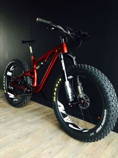 Fat wheels how much are the bike can you give me prices E Mountain Bike, Electric Mountain Bike, Bike Electric, Dh Velo, Velo Biking, Mt Bike, Downhill Bike, Futuristic Motorcycle, Cycling Bikes
