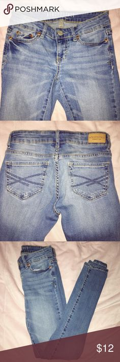 Aeropostale Jeggings Light wash jeans. No stains or rips. Good condition. Aeropostale Jeans Skinny