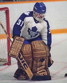 Ken Wregget (1983-89) Hockey Goalie, Hockey Games, Ice Hockey, Maple Leafs Hockey, Goalie Mask, Toronto Maple Leafs, Nhl, Vintage Ladies, History