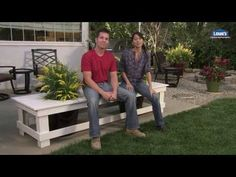 Build an outdoor planter bench that combines convenient seating space with the beauty of your backyard plants. Planter Bench, Outdoor Planters, Diy Planters, Outdoor Gardens, Diy Bench, Outdoor Seating, Outdoor Fun, Outdoor Decor, Outdoor Living
