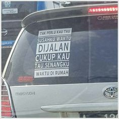 #jalan Quotes Sahabat, People Quotes, Qoutes, Life Quotes, Self Reminder, Islamic Quotes, Decal, Comedy, Funny Pictures