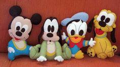 Bonecos da Turma do Mickey confeccionados em feltro. Podem ser usados também como centro de mesa. *valor unitário. *prazo de entrega varia de acordo com a quantidade encomendada. R$ 22,50