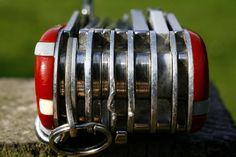 Детали: швейцарский армейский нож on http://frontyardmag.com