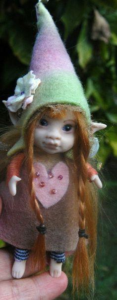 Sweet tiny ooak posable fairy fairie 4inch by throughthemagicdoor, $55.00