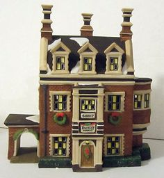 "Dept 56 Heritage Village Collection ""Dursley Manor"" Dickens Village Series 58329"