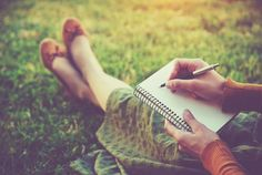 Have you ever wanted to start writing a prayer journal but just didn't know where to begin? Today we're answering this reader's question of how to actually begin keeping a prayer journal. Training Journal, Different Diets, Fad Diets, Cognitive Behavioral Therapy, Fitness Journal, Crohns, Ways To Relax, Essential Oil Blends, Essential Oils