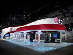 Exhibit Space for LG. Nice curves and colours. Seems well lit too. Trade Show Design, Stand Design, Display Design, Exhibition Booth Design, Exhibition Space, Exhibition Stands, Exhibit Design, Expo Stand, Nice Curves