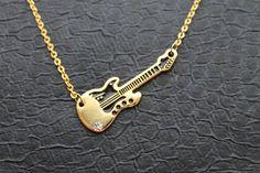 Colar com pingente guitarra - porque hoje é dia de rock, bebé!