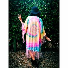 Need a tye dye kimono for my next festival or just to have in my life!!!