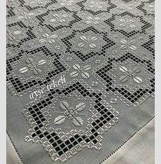 Hardanger Embroidery, Silk Ribbon Embroidery, Cross Stitch Embroidery, Bordados Tambour, Floral Tablecloth, Wool Runners, Linen Towels, Bargello, Crochet Motif