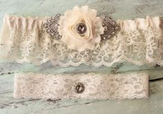 JULIETTE - Ivory Wedding Garder Pretty Wedding Garders Elegant Accessory Fancy Garter Cream Garderbelt Garder Buttercream Rhinestone Garter