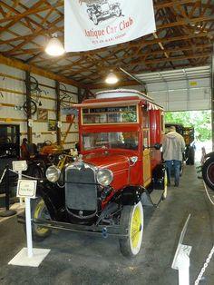 Put-in-Bay, Ohio Antique Car Museum.
