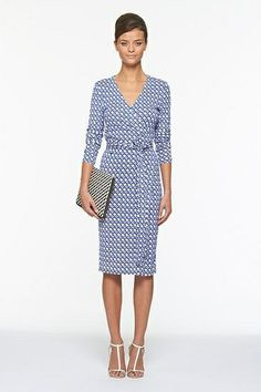 Well Fitted Simple Pattern Dress