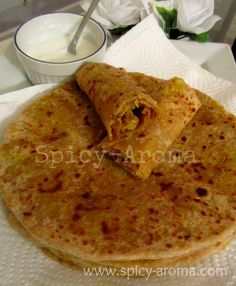 This recipe can make 6 paratha Ingredients For Stuffing Cauliflower - 3 cups (grated) Onion - 1/2 (finely chopp...