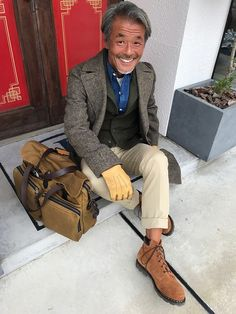 Older Mens Fashion, Semi Casual, Casual Outfits, Fashion Outfits, Asian Men, Preppy, Winter Fashion, Menswear, Vests
