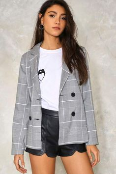 The Checking In Blazer comes in glen plaid and features a notched collar, double-breasted design, button-up front and cuffs, and longline silhouette. Checked Blazer, Plaid Blazer, Blazer Jacket, Gray Blazer, Plaid Jacket, Casual Street Style, Work Casual, Double Breasted Jacket, Gray Jacket