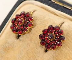 Victorian 9 Ct Gold Bohemian Garnet Earrings c1880