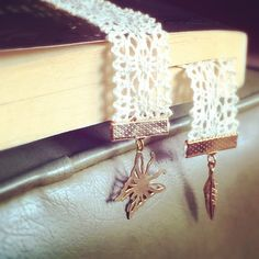 Vintage Cream Lace Gold Butterfly or Feather Bookmark